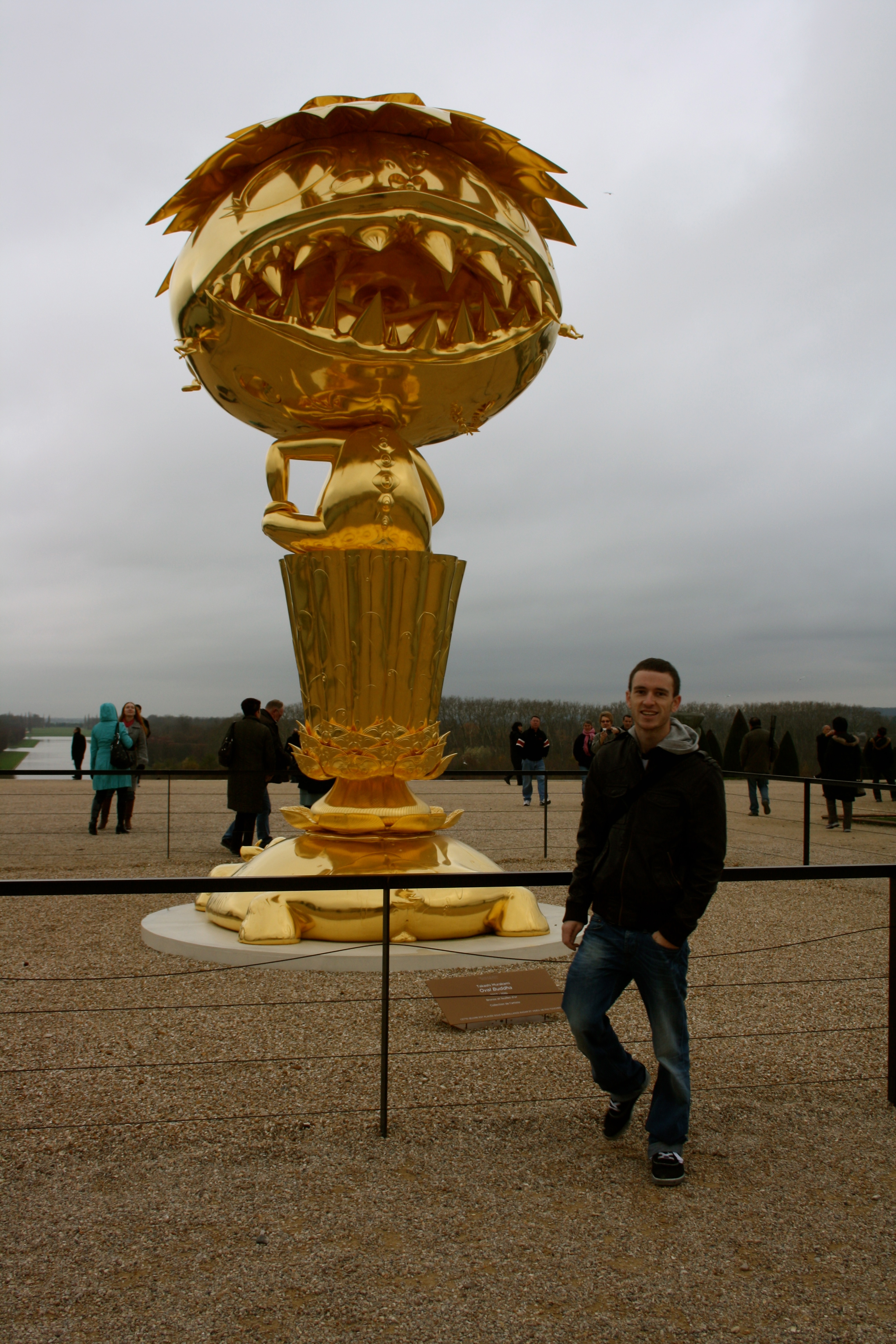 Murakami Bronze in Chateau de Versailles with Sodwee