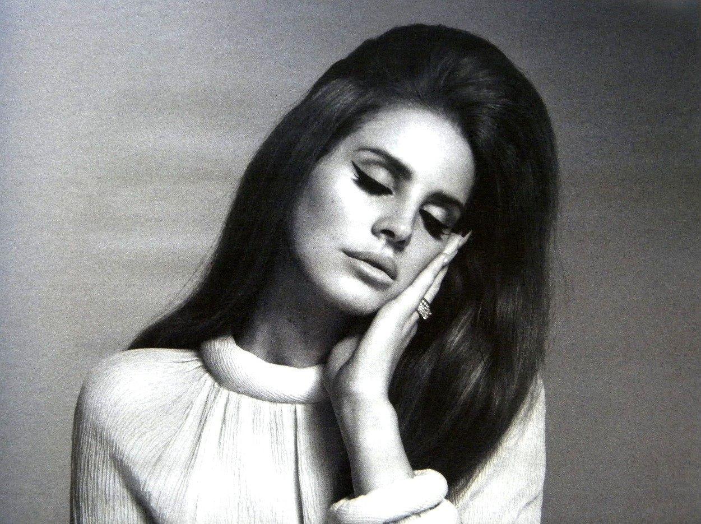 [mp3] Lana Del Rey – Blue Jeans (Moonlight Matters remix)