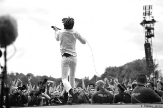 Cage The Elephant by Sophie Jarry - sodwee.com