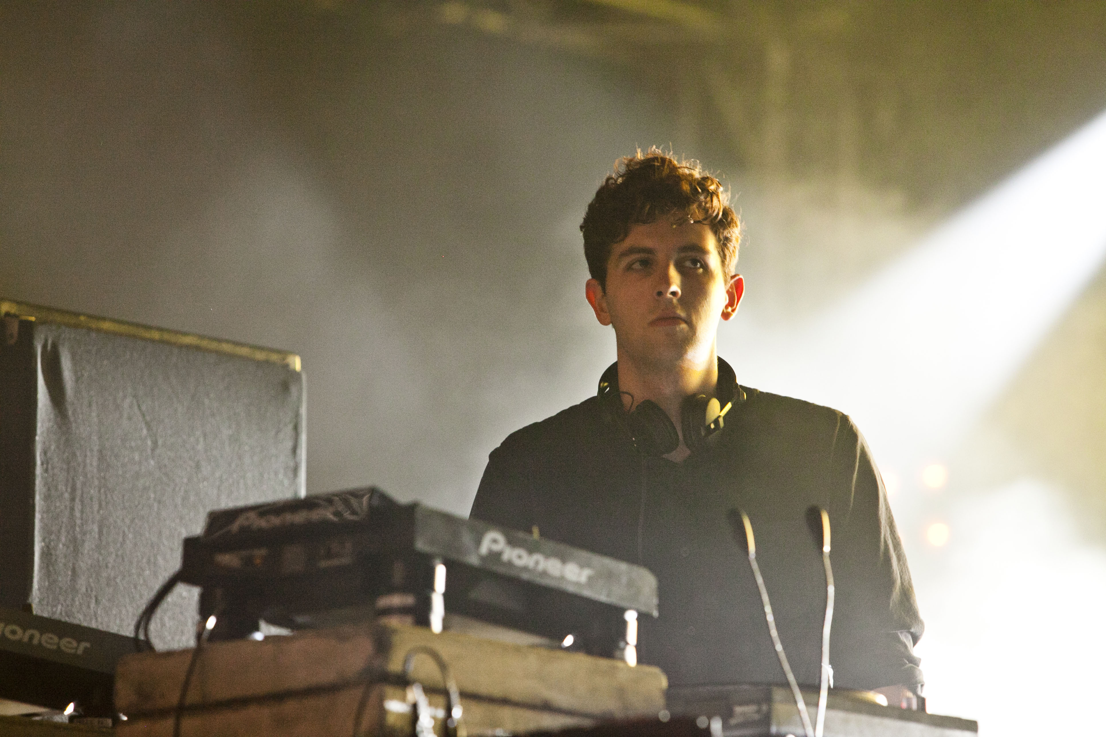 Jamie Xx All Under One Roof Raving Sodwee Com